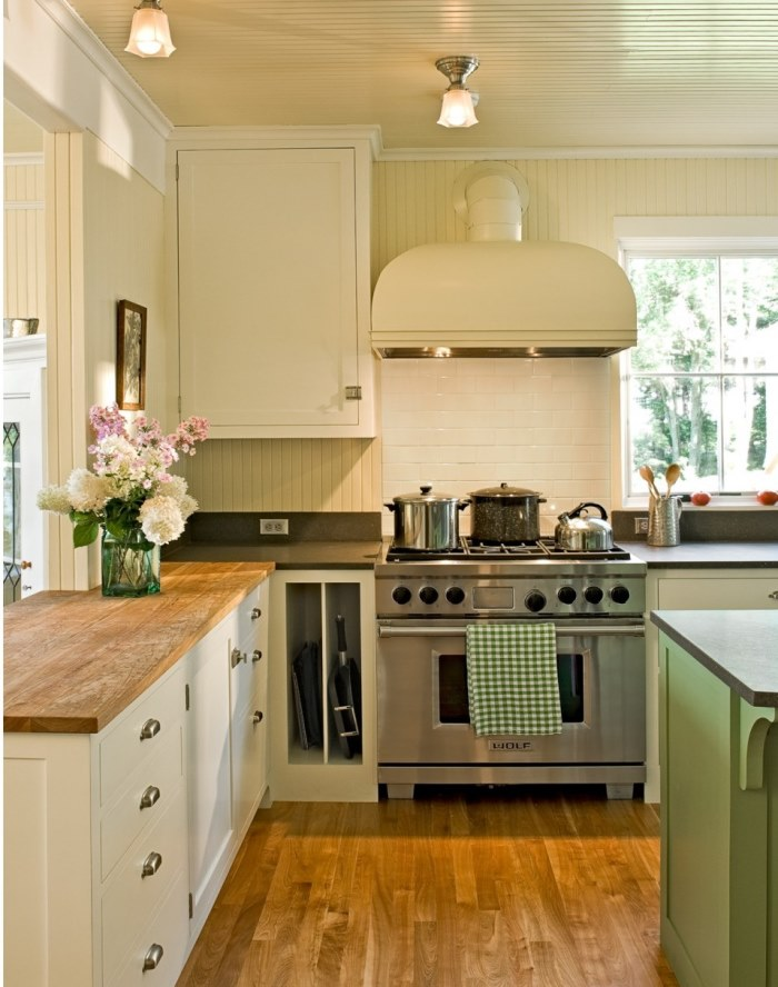 Restored 1912 Lake Cottage with Beadboard Walls and