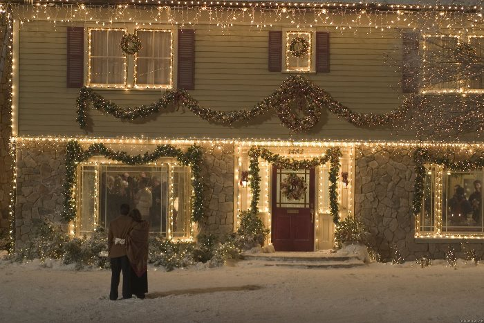 Fall Outdoor Decorations Wallpaper Tour The Home Alone Christmas Movie House