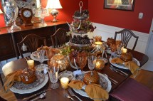 Thanksgiving Table Setting With Nature Themed Centepiece