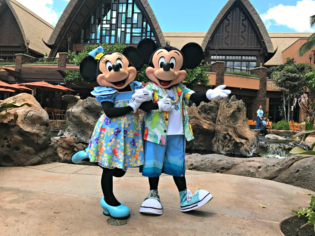 Tips for meeting characters at Disneys Aulani  Between