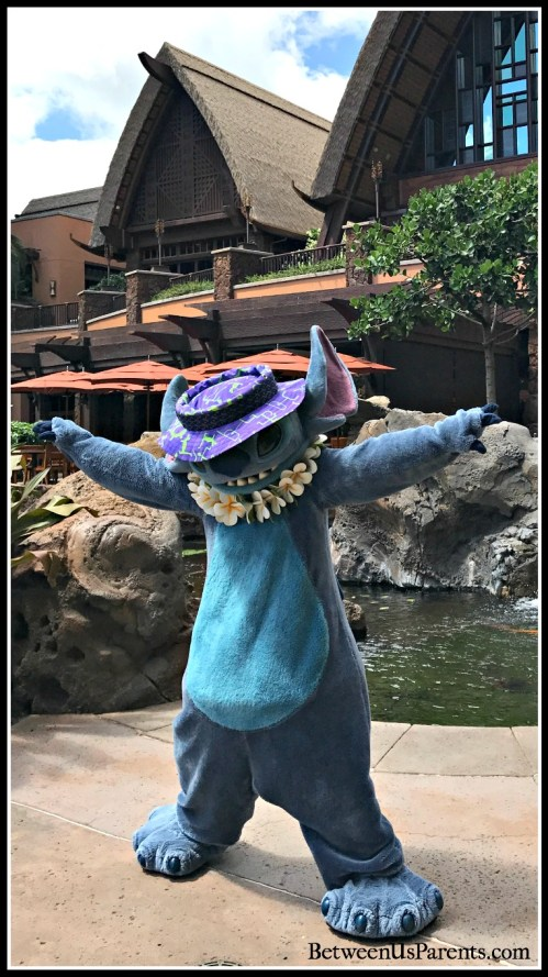 Stitch at Aulani, and all the tips and tricks you need to know for meeting characters there
