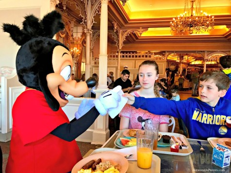 Character breakfast at the Plaza Inn Disneyland