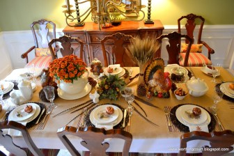 Thanksgiving-Table-thanksgiving-table-1600x1067-bounty-of-the-harvest-thanksgiving-table-worthing-court-