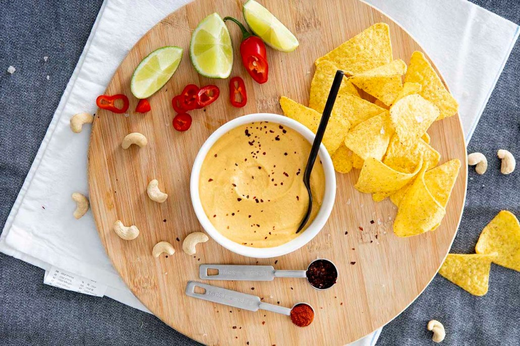 recept veganistische kaasdip voor nacho's