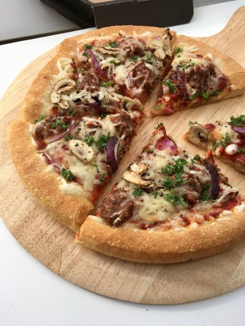 vegan pizza bij Pizza Hut