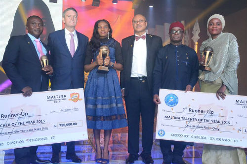 Mr. Daniel Sunday Udiong, Second Runner-up, Maltina, Teacher of the Year Award, Mr. Nicolaas Vervelde, Managing Director, Nigerian Breweries, Nkemdili Obi, Winner of Maltina, Teacher of the Year Award, Mr. Pat Utomi, one of the judges, Mrs. Binta Mohammed Lawan of Federal Government College Maiduguri, Borno State, First Runner-Up, Maltina, Teacher of the Year Award
