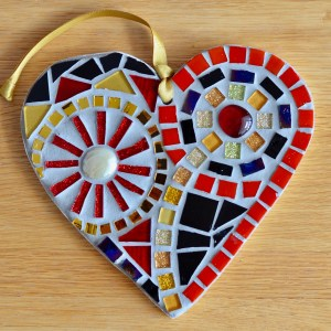 red-gold-mosaic-heart