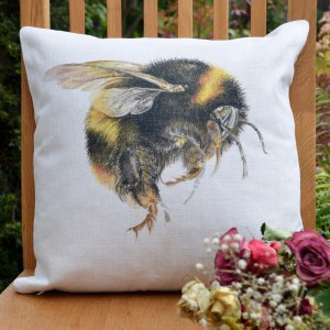 bumble-cushion-sq1