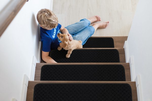 "Beverly Rug Solid Color Indoor Carpet Stair Treads 8.5""x26"" Black"