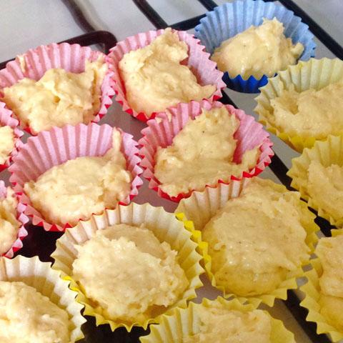 HomebakedCinnamonCupcakes02