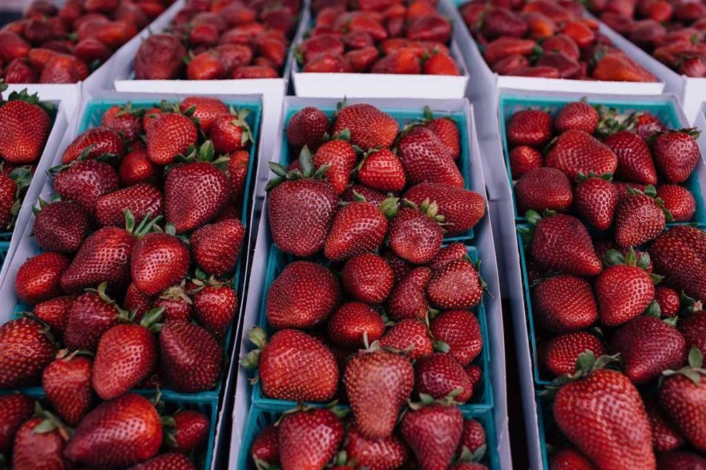california vodka strawberries