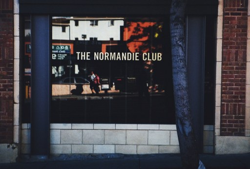 Normandie Club Photo (via thenormandieclub.com)