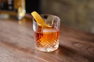 El Anticuado cocktail
