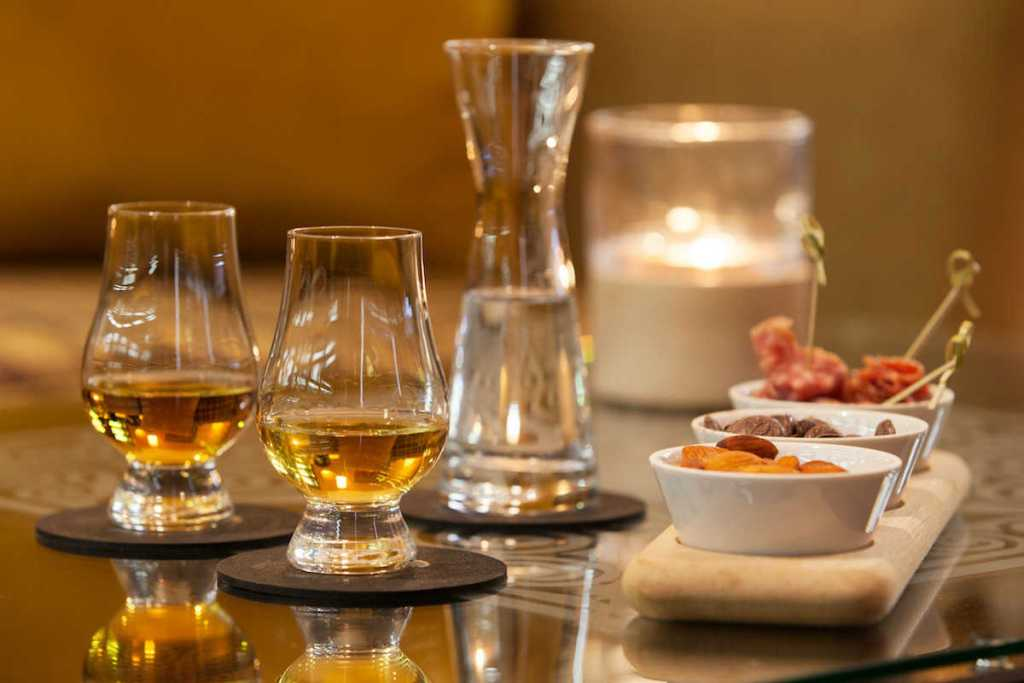 pair whiskey with food