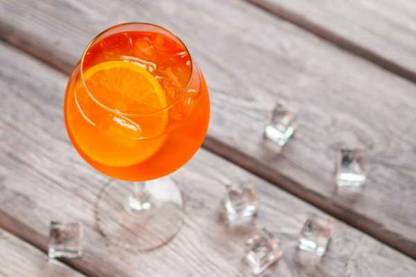 Aperitifs vs. Digestifs: What's the Difference?