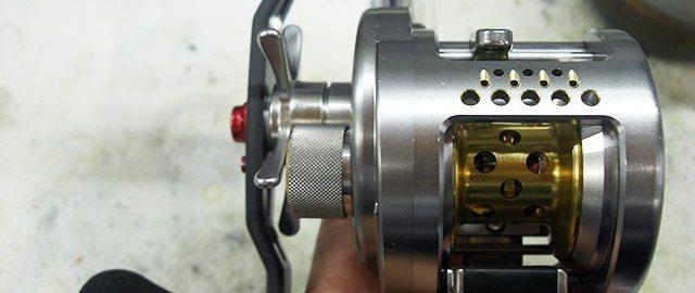 シマノ 03 カルカッタコンクエストDC メンテナンス修理受付 写真