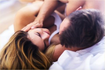 10 Places To Touch A Woman And Drive Her More Crazy