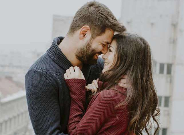 12 Signs He Loves You Even When He DO Not Say It To YOU