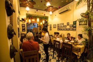 Finding local restaurants is not difficult, let's see why