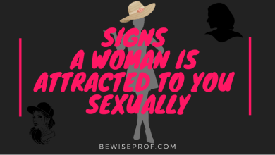 Photo of Signs a woman is attracted to you sexually