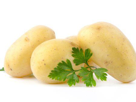 cartofi1 Cel mai ieftin aliment, cartoful, medicament pentru diverse afectiuni