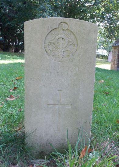 Private P. Parrott, CWGC War Grave, Penhurst Church