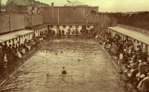 EGE-005 - Egerton Park Baths and Museum c1929