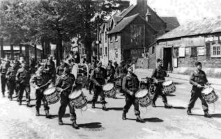 Calgary Highlanders in Sidley WW2