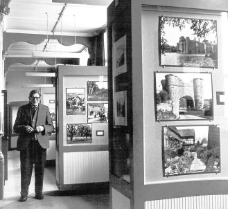 MUS-024 - Henry sargent, Bexhill Museum c1975