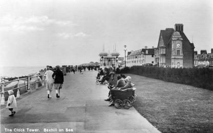 BWP-008 - West Parade, Bexhill (postcard) - c1927
