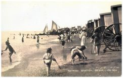 BWP-016 - Bathing Machines - West Parade, Bexhill - c1903