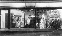 HO-001 - Havelock Rd showroom Xmas 1950s