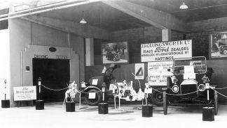 HO-063 - Braking display 1947