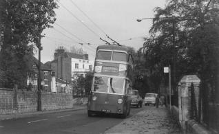 89 BDY819 serv to Barming in Tonbridge Rd 2-11-1964