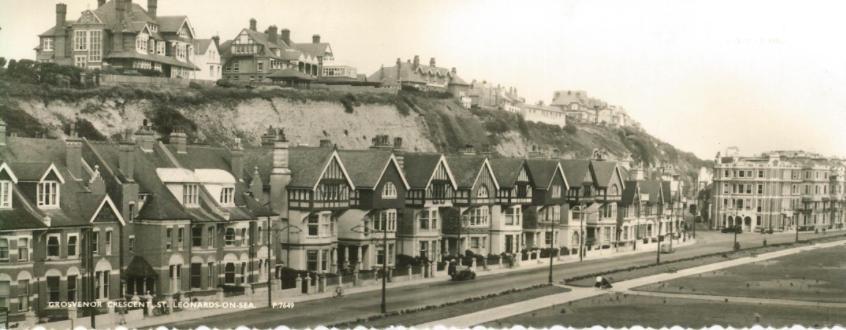 Grosvenor Crescent, West Marina from west, post-war