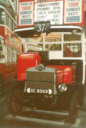 K424 XC8059 AEC for General b1920 w-d1932 Covent Garden Mus 17-9-1983