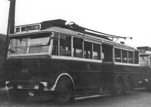 No. 169 DY5140 service to Allenton from Hastings single-decker