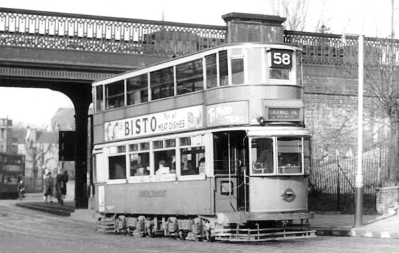 101 route 58 to Blackwal Tnl @ Lordship Lane, post-war