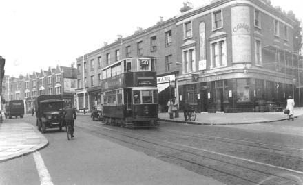 109 route 58 to Blackwall Tnl & Blyth Hotel post-war