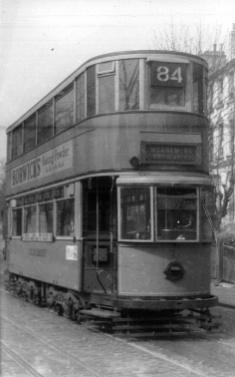 128 route 84 to Embankment @ Peckham Rye, post-war