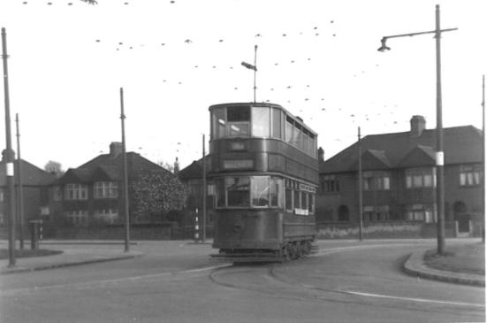 311 serv to Middle Park Ave 19-4-1952