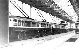 4 s-d, 2 d-d trollies in depot 1948
