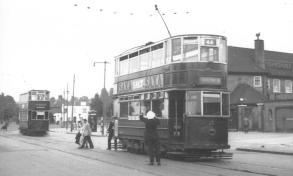 83 route 44, adjusting trolley pole @ Yorkshire Grey PH 1951