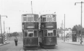 93 route 44 & 99 route 46 @ Eltham 1951