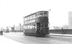 97 route 46 on Southwark Bridge post-war