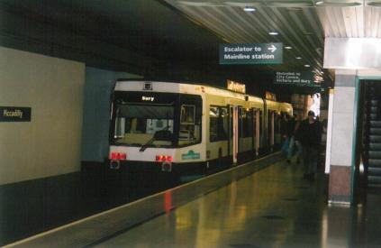 Piccadilly stn Bury serv in platform