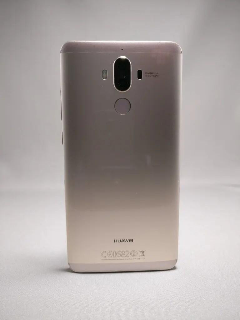 Huawei Mate 9 ゴールド 外観 裏面 正面 1