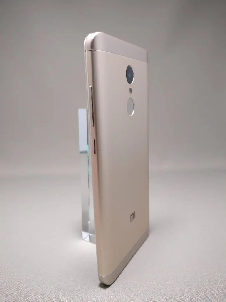 Xiaomi Redmi Note 4X 裏面 10