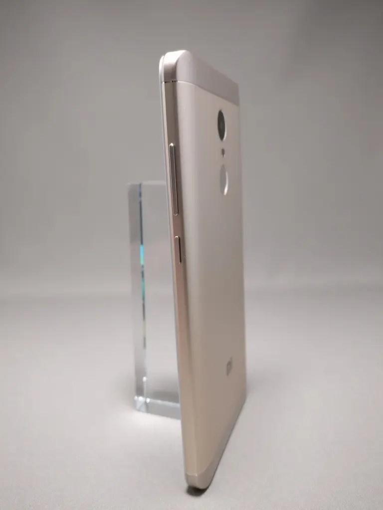 Xiaomi Redmi Note 4X 裏面 11