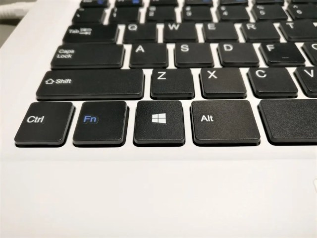 Chuwi Lapbook Notebook キーボード ズーム